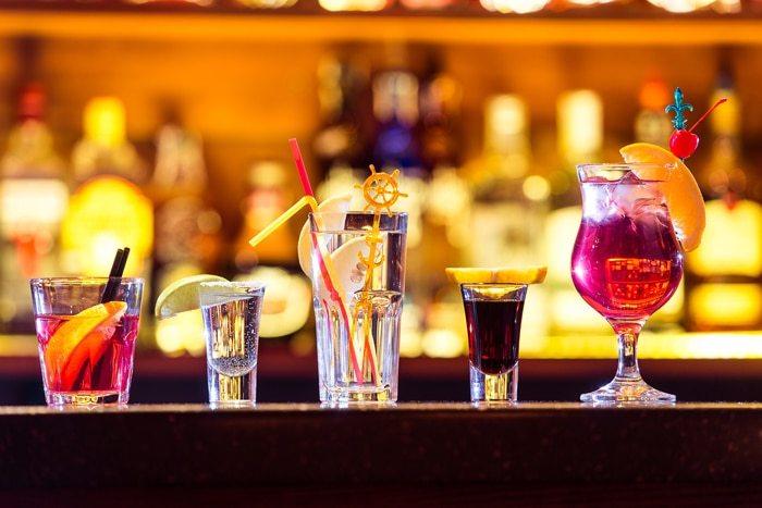 หลังฉีดโบท็อก-ให้งดเครื่องดื่มแอลกอฮอล์ทุกชนิด